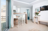 christina-beach-one-bedroom-apartment-0011